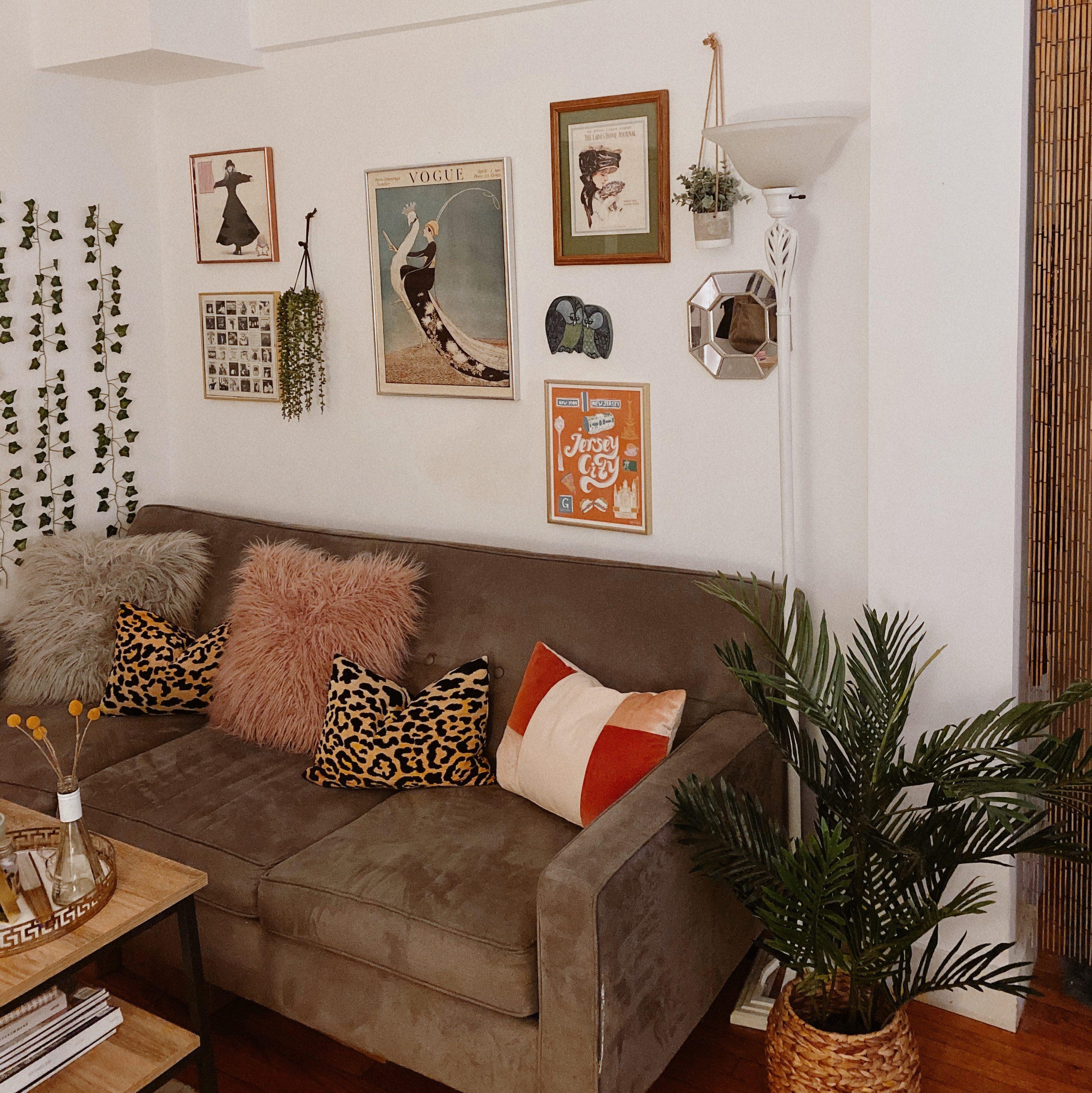 retro studio apartment